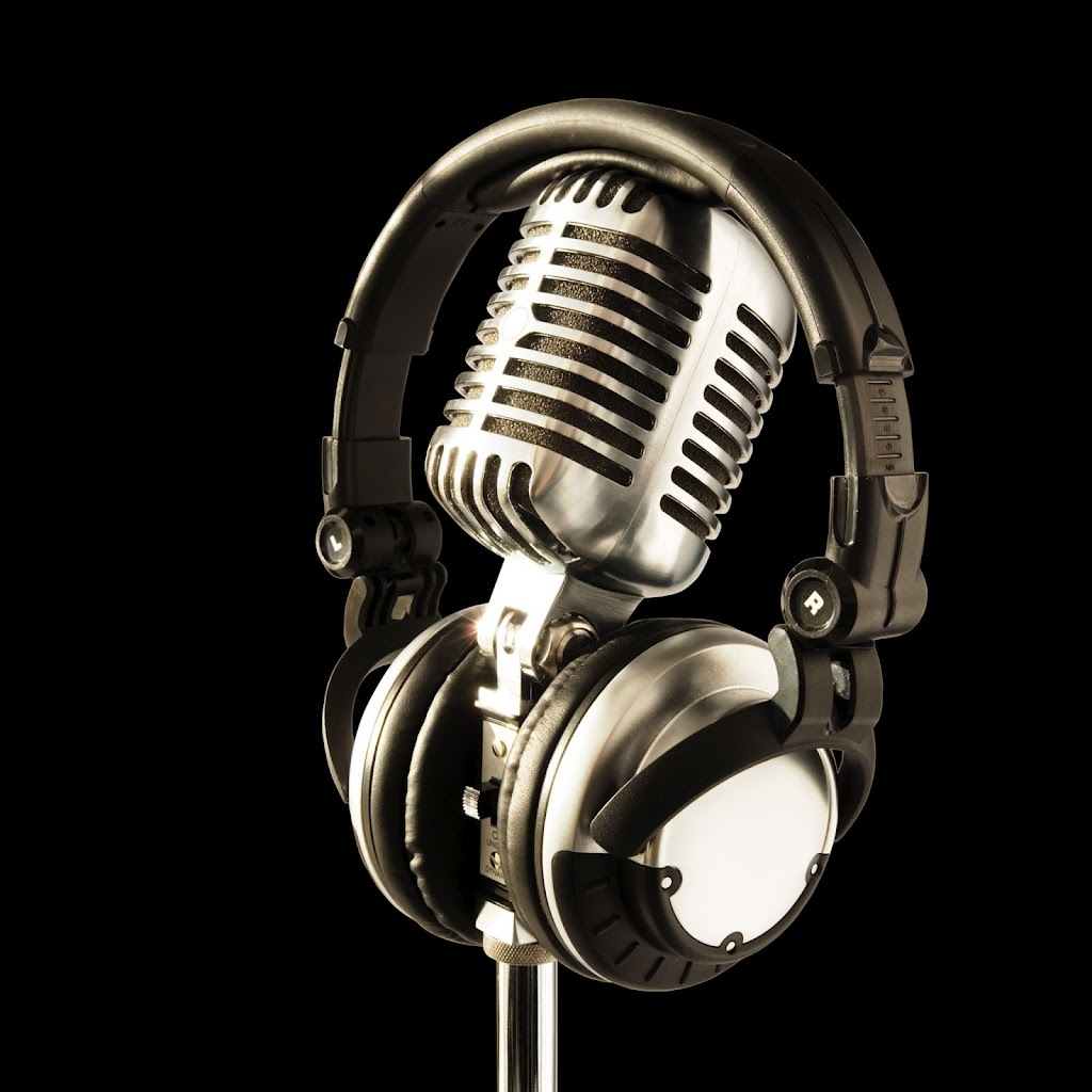 Microphone and Headphones | Leading with Trust